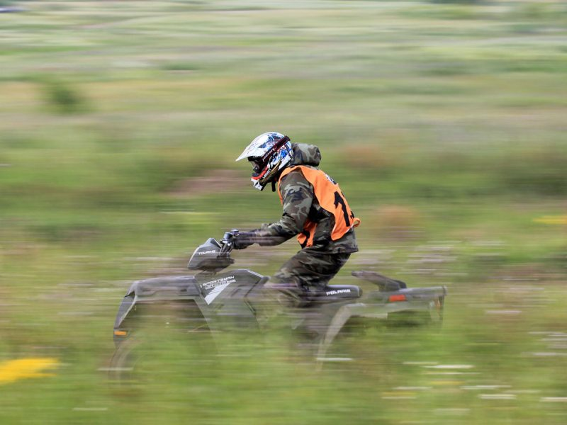 7 Dirt Bike Equipment You Can't Do Without